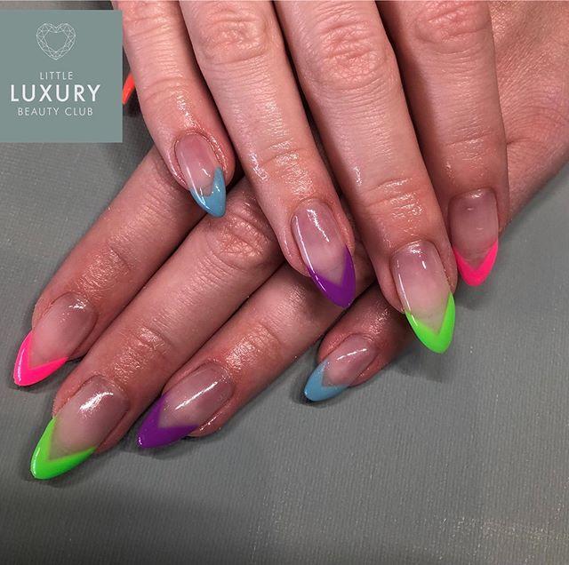 Gel Nail Infills . . . #summerbrights #holidaynails  #gelnails #cnd #shellac #gelnailextensions #nailsofinstagram #wrexhambased #wrexhamsalon #tototalfitness #littleluxurybeautyclub