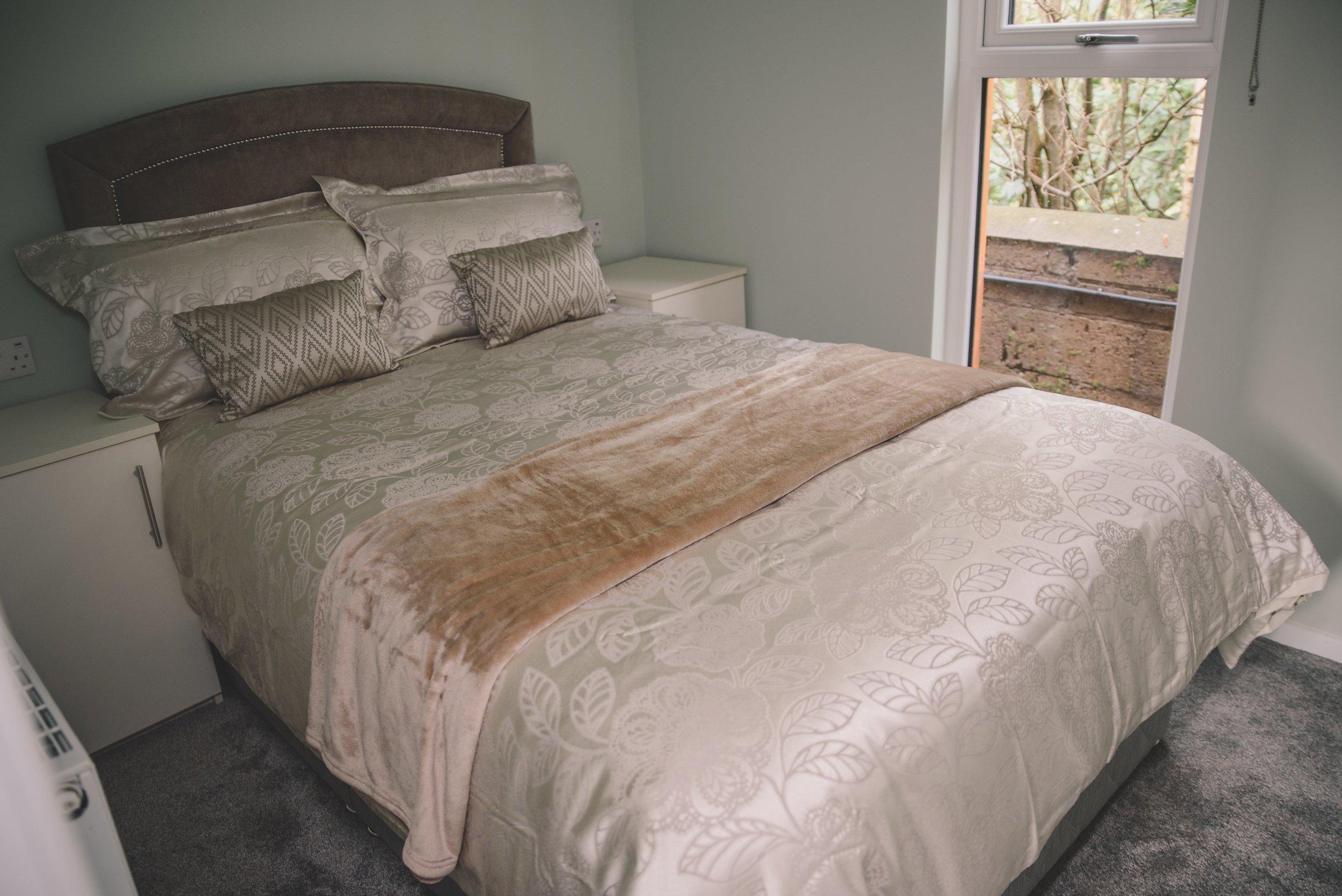 1 Bed Interior_4.jpg