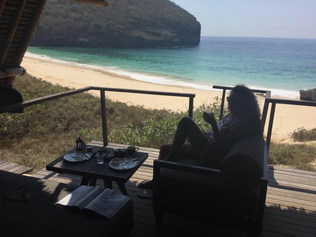 indo_jeeva_breakfast+on+the+terrace.jpg