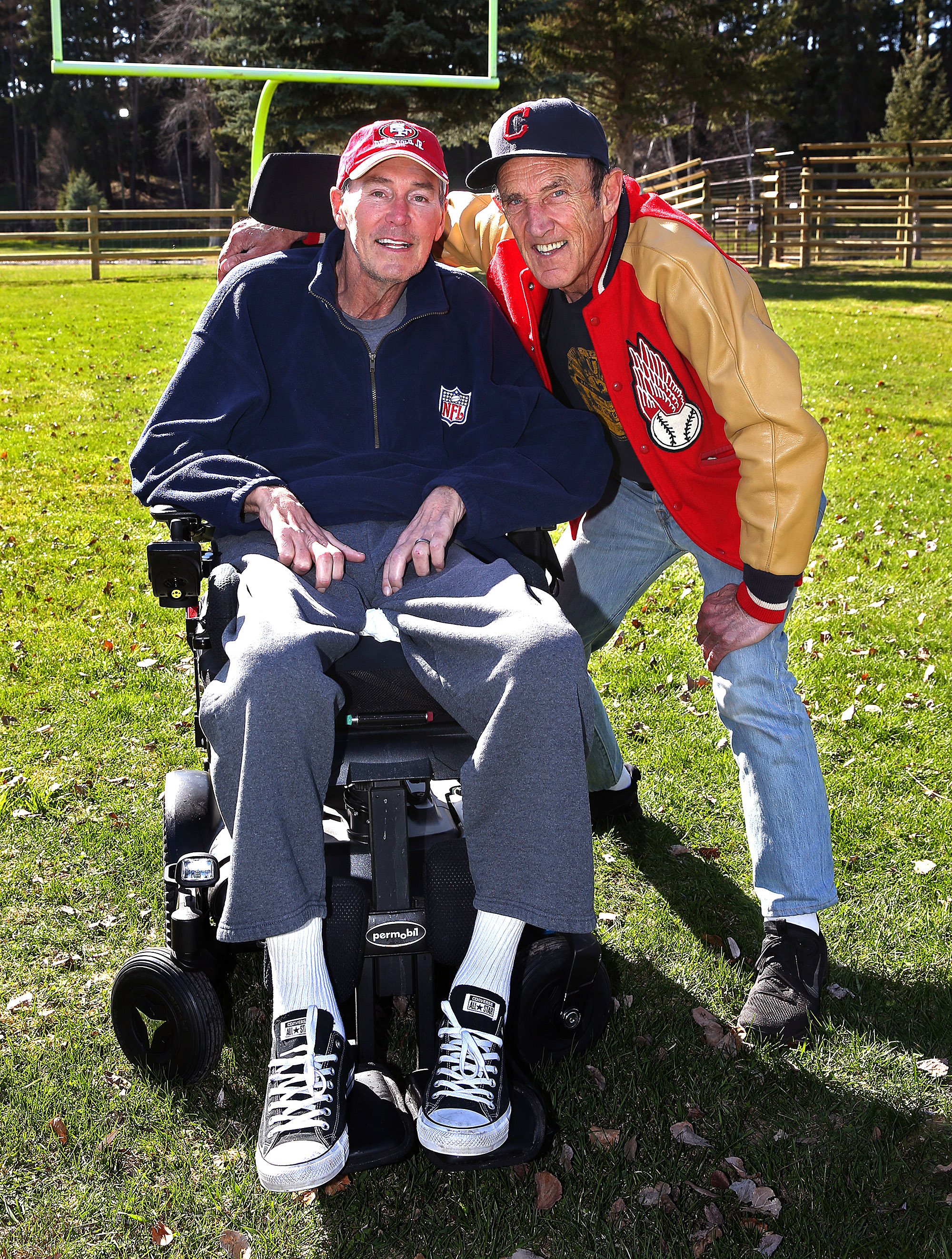 Murph and Mac show on KNBR 680 - 49ers team photographer Michael Zagaris talks Letters to 87 and what made Dwight Clark so special.