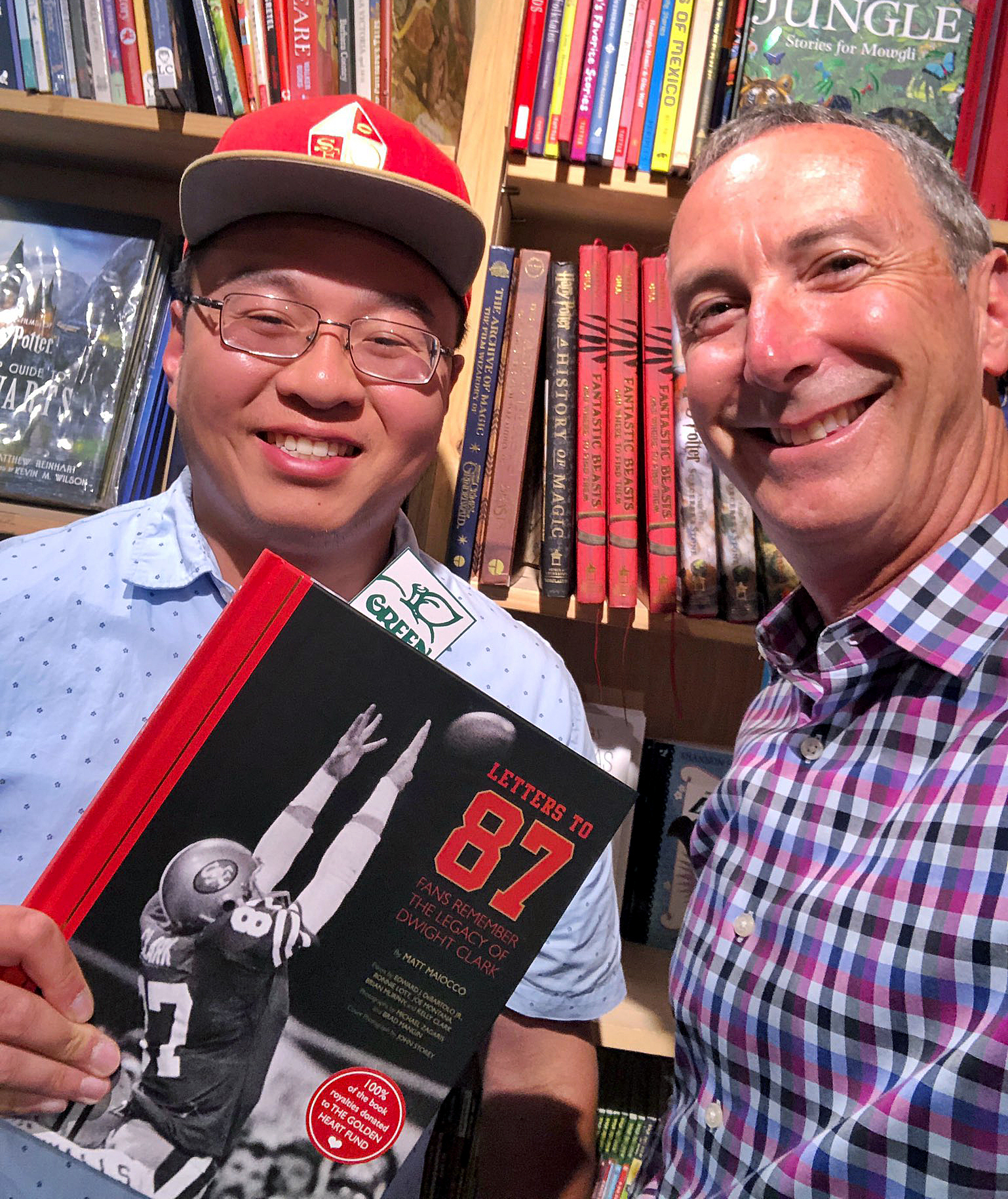 @MaioccoNBCS - It was great to meet Brian Du, whose letter about his father, a POW for 10 years after Saigon fell, deeply touched Dwight Clark. Brian's inspiring words are in #LettersTo87.
