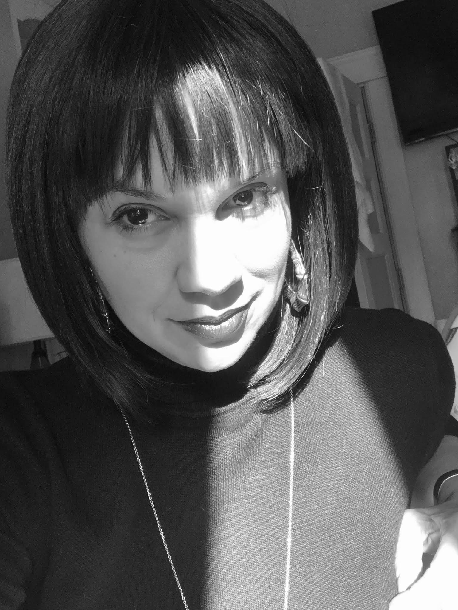 Crystal Good - Artist. Advocate. Entrepreneur.Cosmic Appalachian Folkloristscrystalgood.net@cgoodwoman