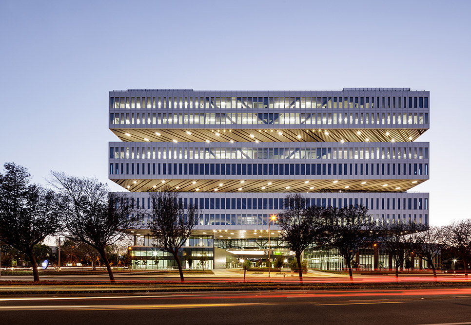 Project Highlight  I   Samsung North America HQ   I  Completed 2015