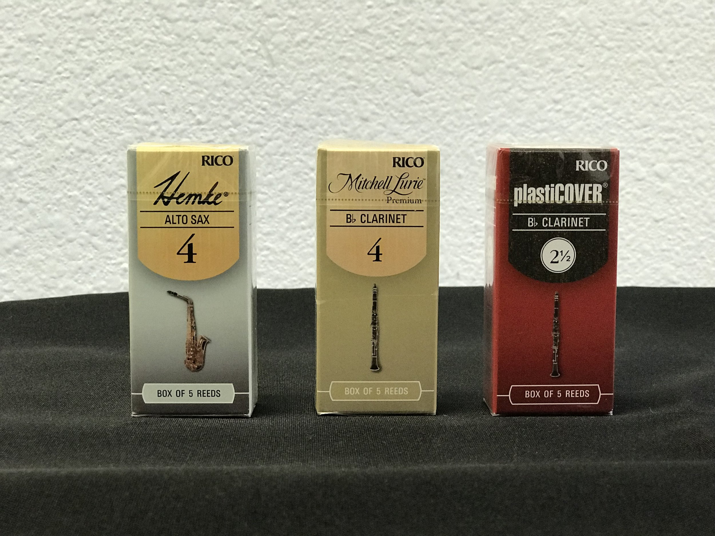 Hemke, Mitchell Lurie & Plasticover reeds