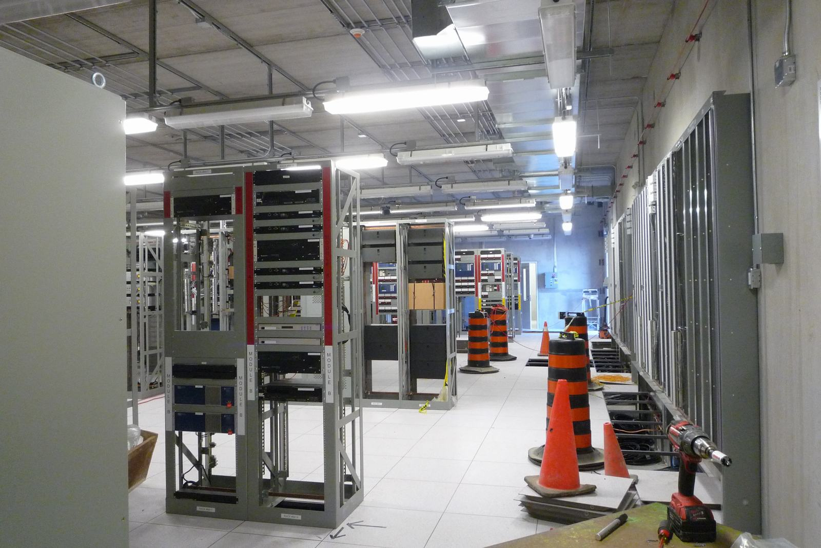 Hydro One Transfer Station Interior (14117).JPG