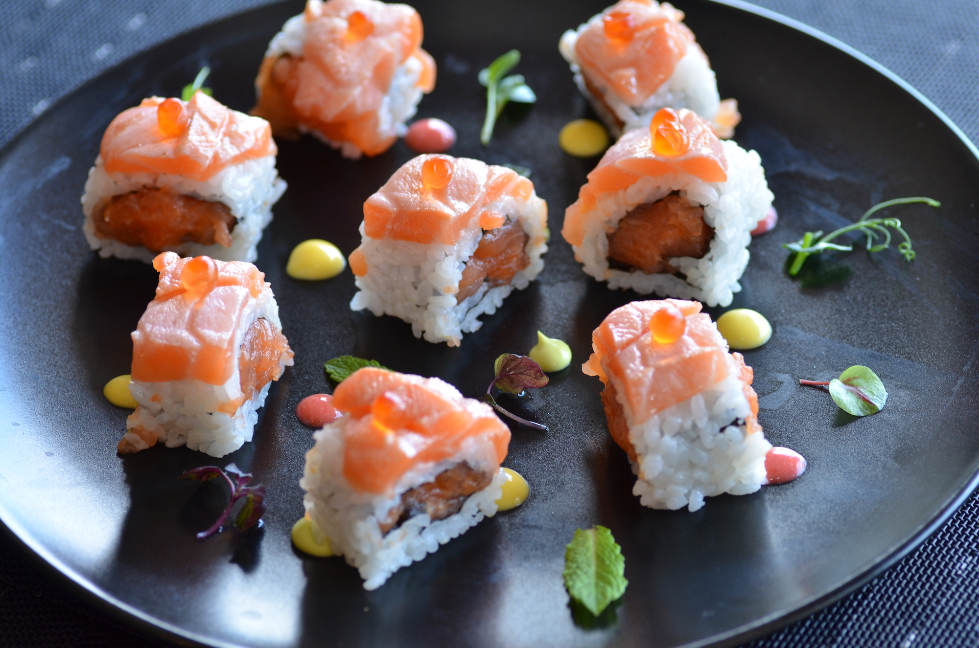 crazy salmon roll copia.JPG