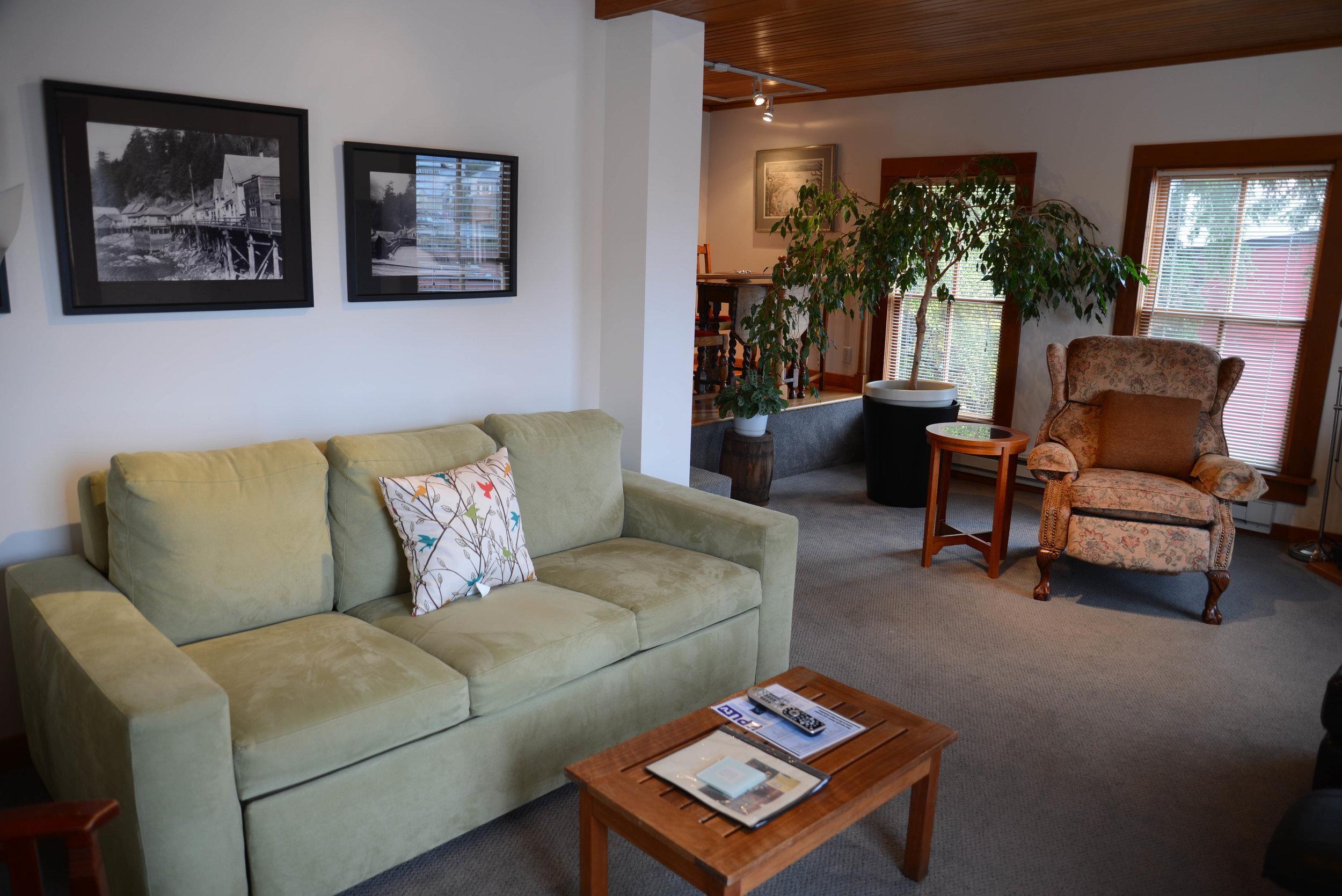 Preachers Living Room (1 of 1).jpg