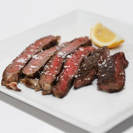 Steak on plate II.png