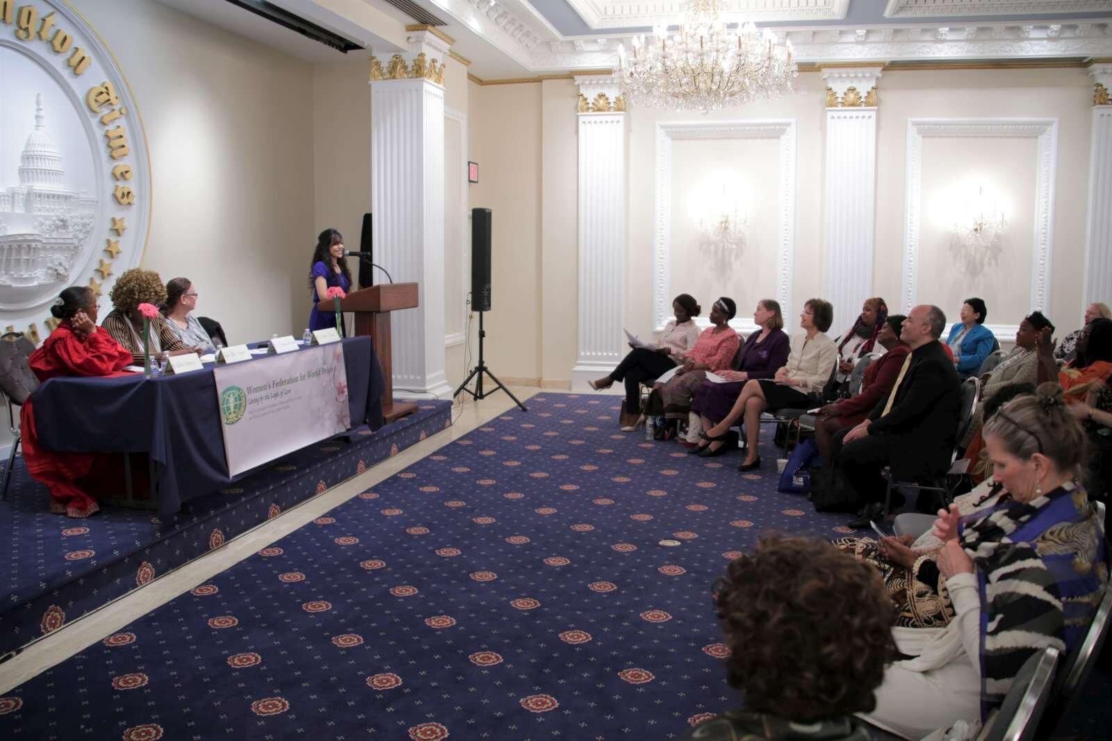 Zulfia Qahar presenting