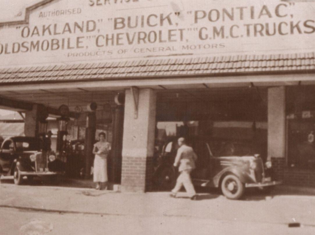 Bignell's Service Station, Busselton 1938