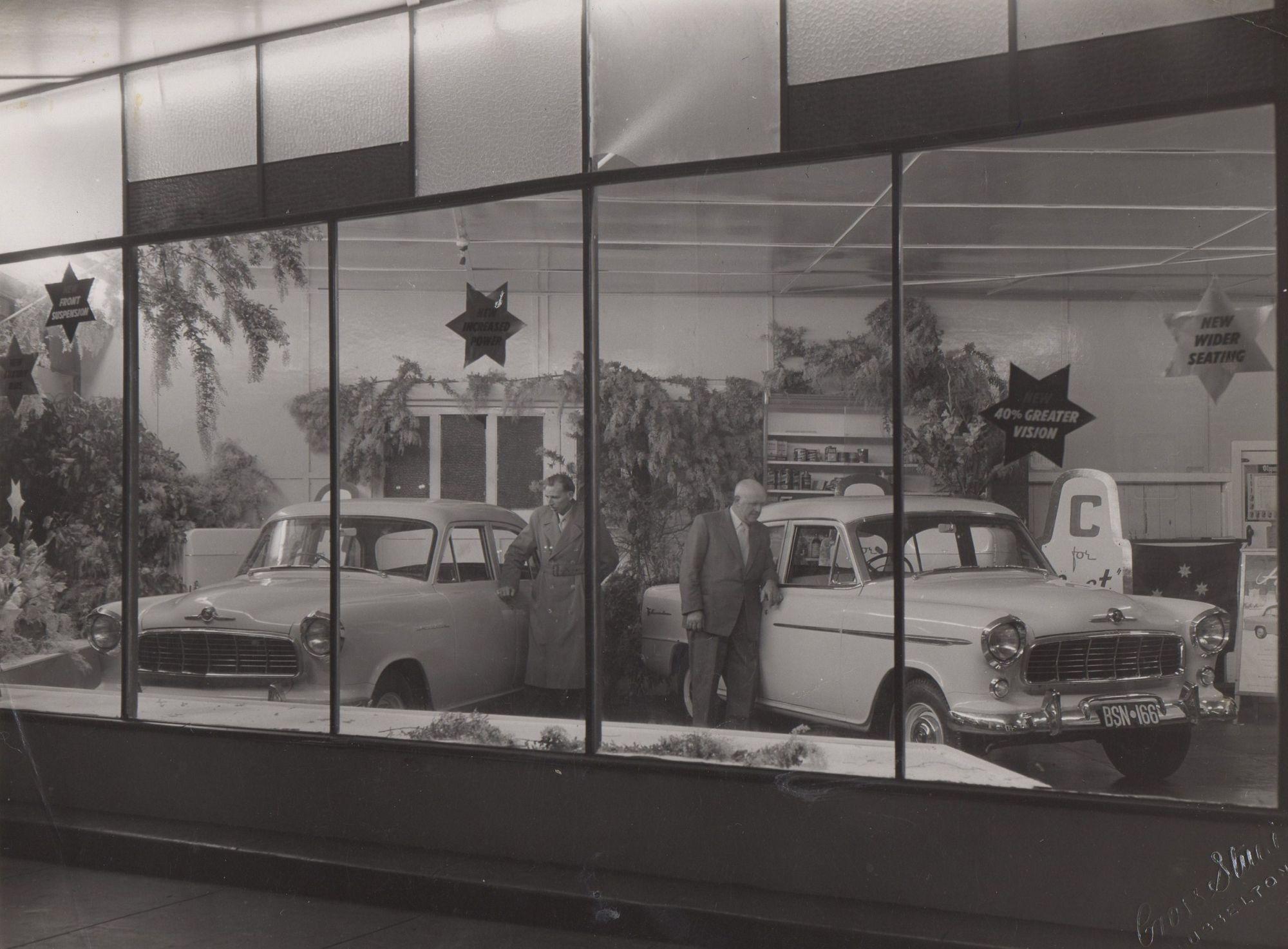 Bignell's Garage, 1956
