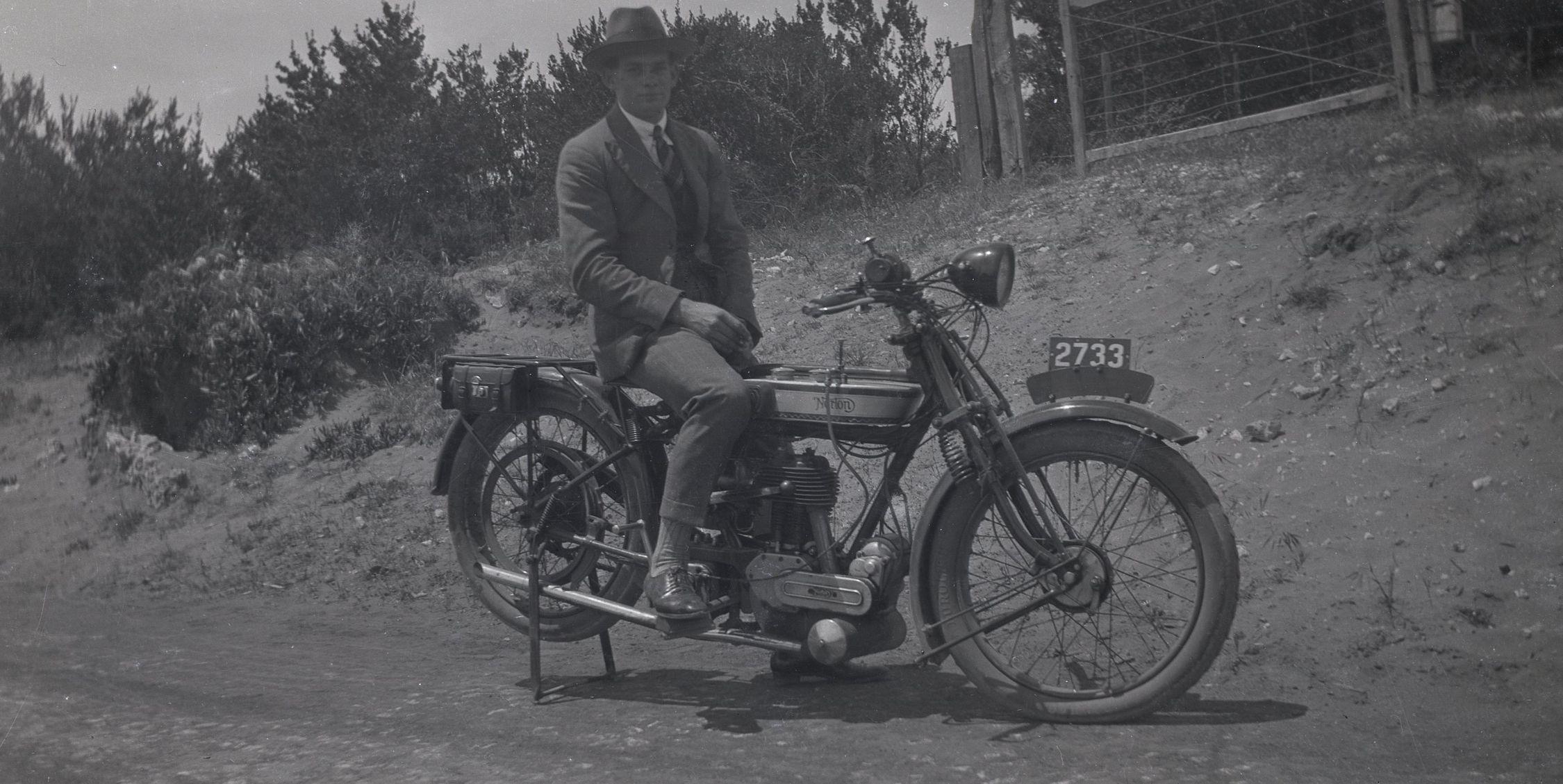 Alf Melsom & 1925 Norton