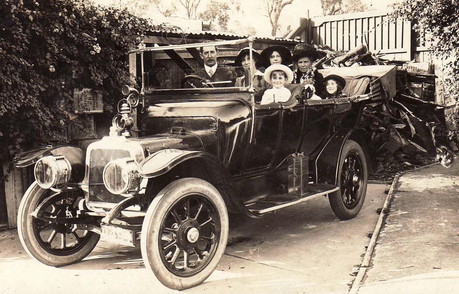 Horace Hilda Family & Talbot