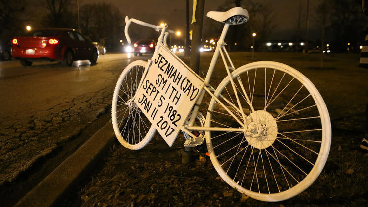 ct-map-chicago-ghost-bikes-20150513.jpg