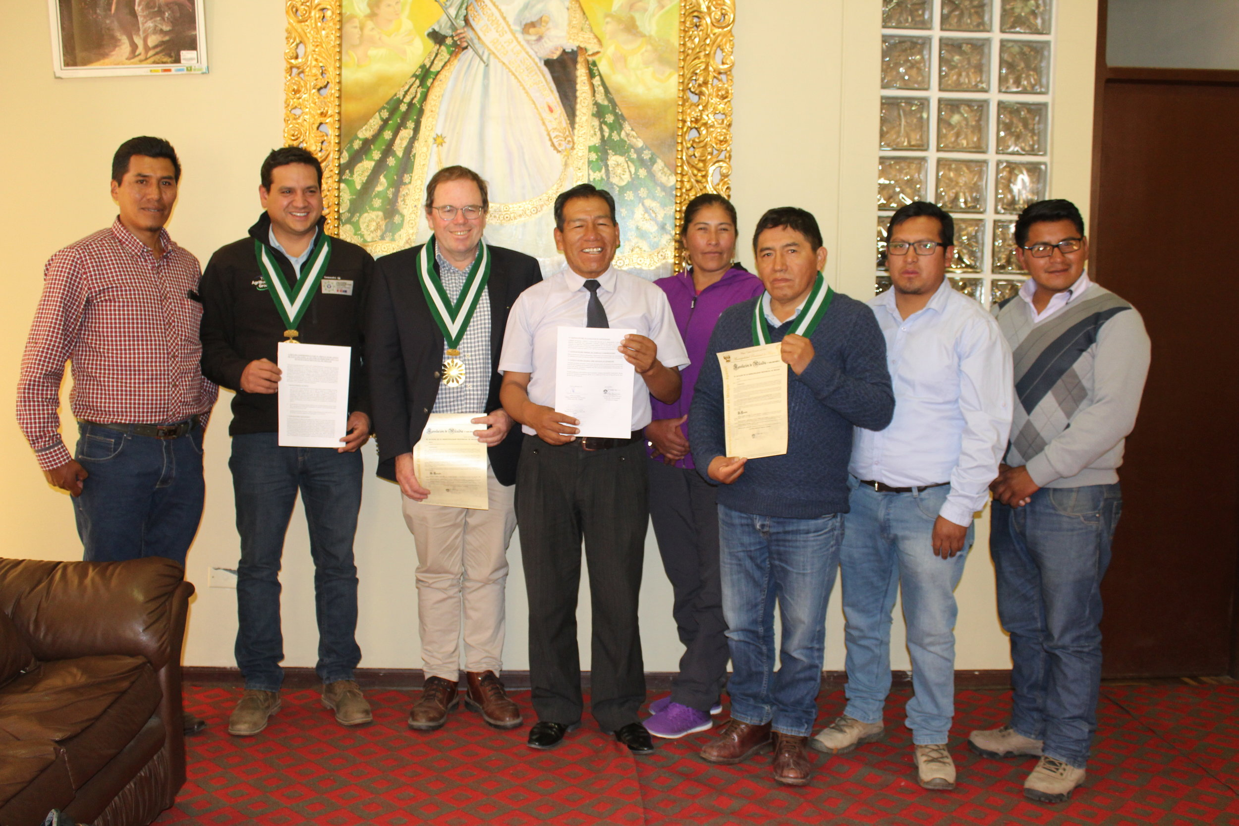 Renzo Cuadros (RC-Puno), Jon Manhire (Director, TAG) and Cesar Pinares (International Coordinator) after signing MOU with the Provincial Municipality of Ayaviri, Puno