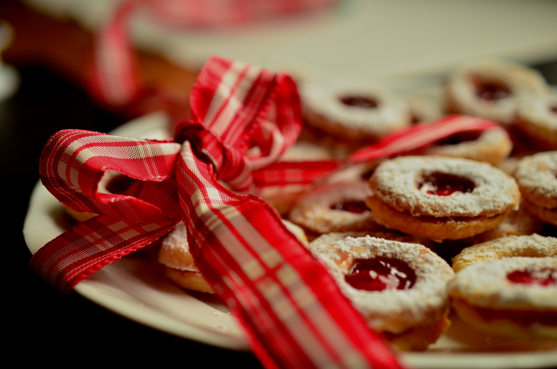 SET UP A COOKIE EXCHANGE -