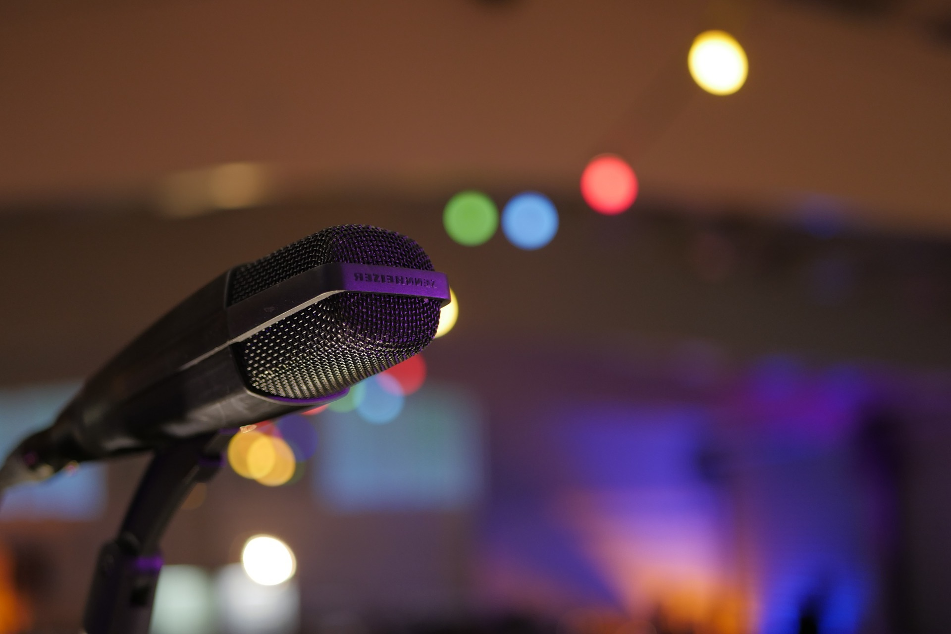 THROW A KARAOKE PARTY -