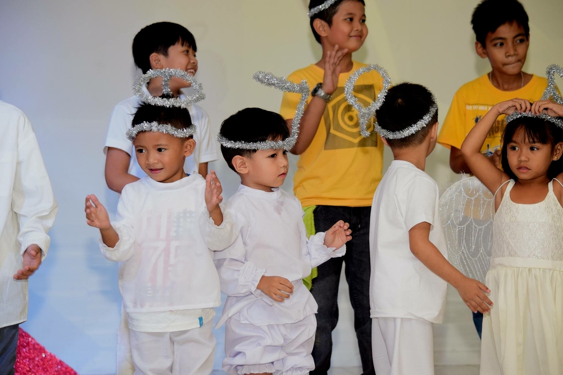 STAGE A KIDS PERFORMANCE OR PLAY -