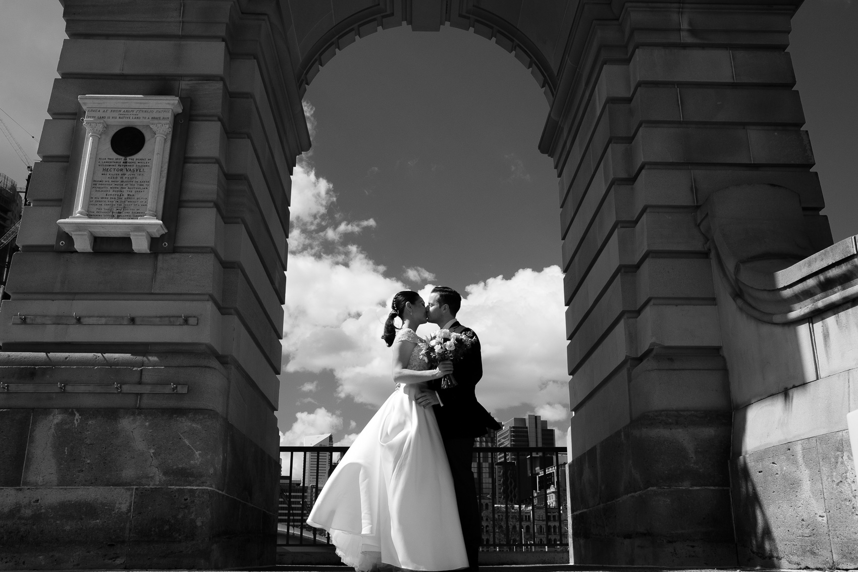 Brisbane city wedding street photography black and white. fun, relaxed adventurous wedding photography gold coast