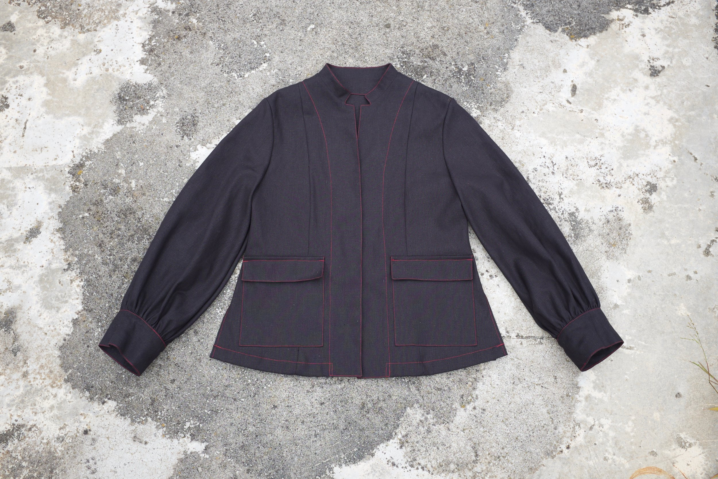 gathered sleeve jacket