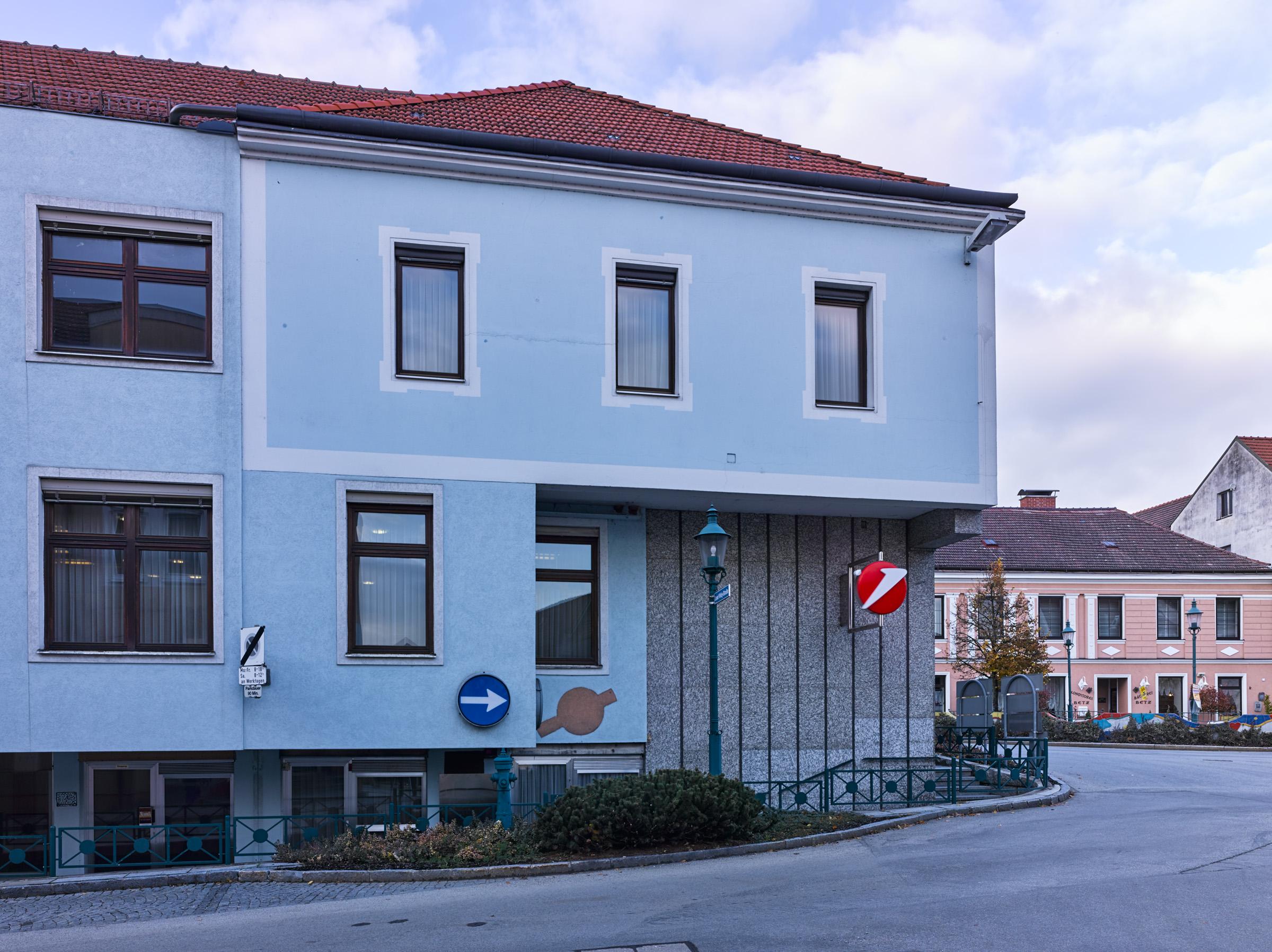 Bank Austria Schrems.jpg
