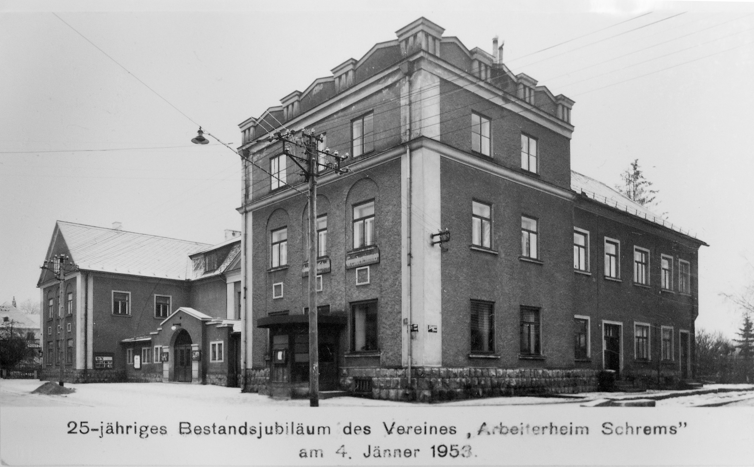 Arbeiterheim Kulturhaus 1953 Schrems.jpg