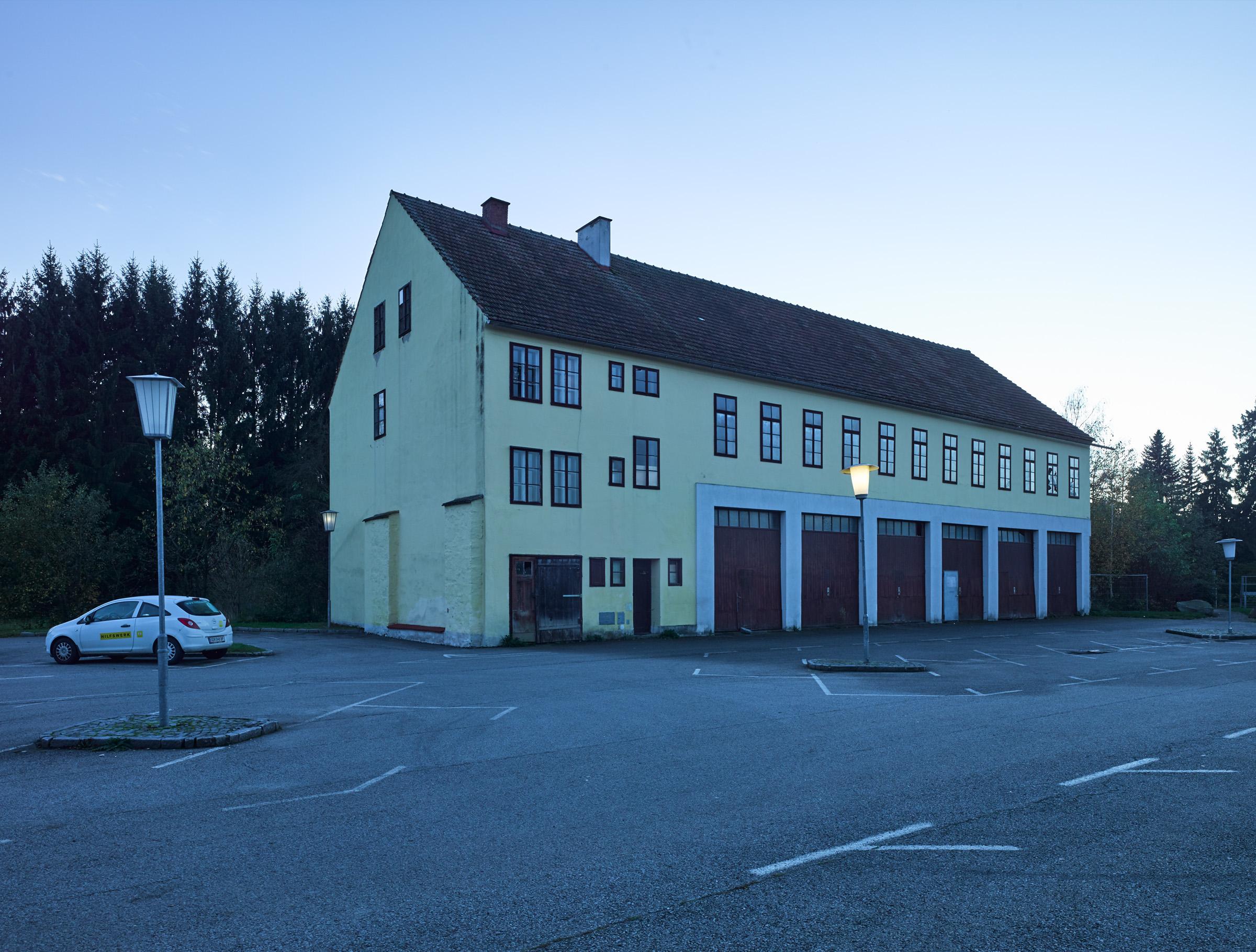 Parkplatz Josef-Widy-Straße Schrems 01.jpg