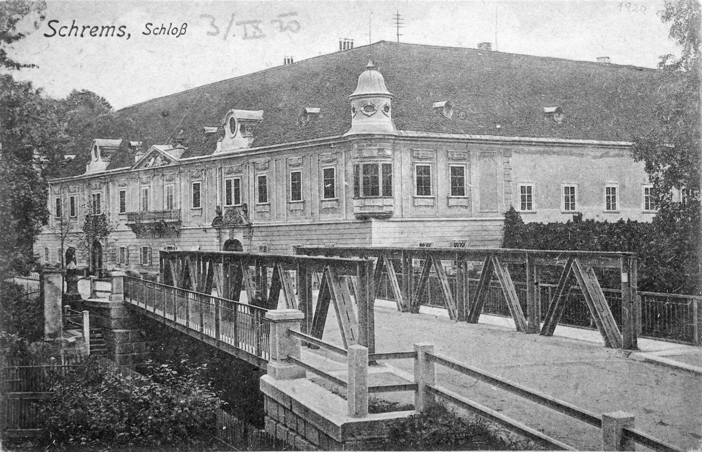 Schloss Schrems 02.jpg