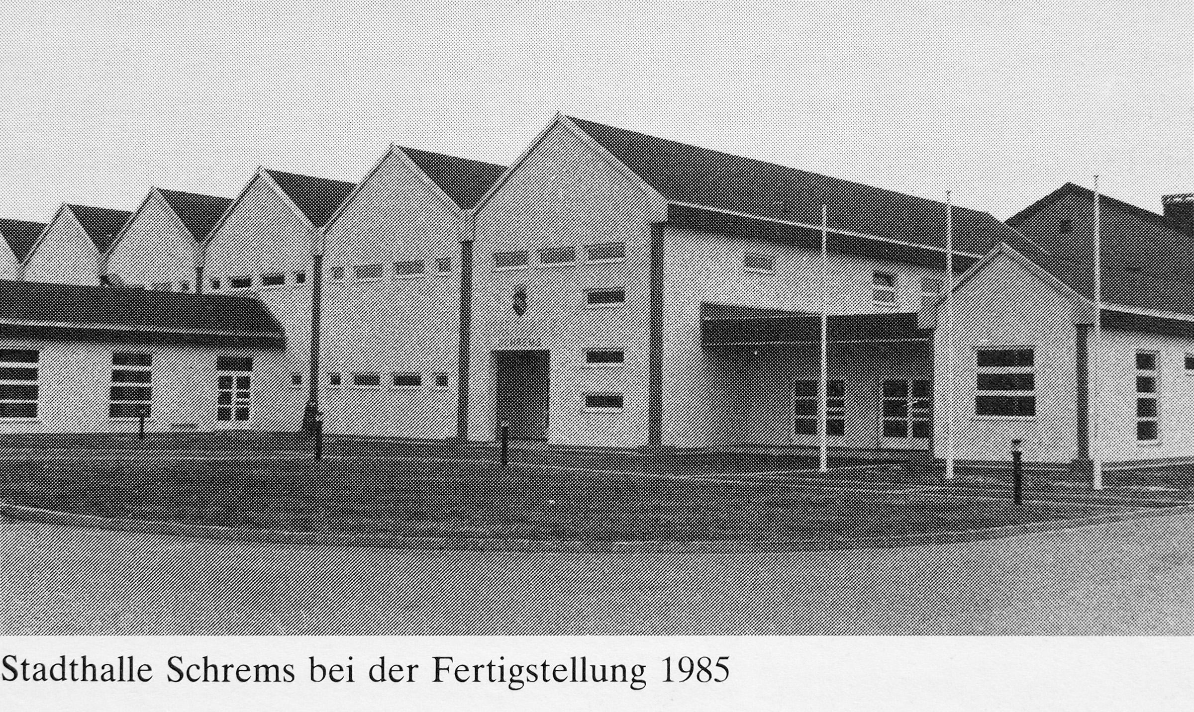 Stadthalle Schrems 1985.jpg