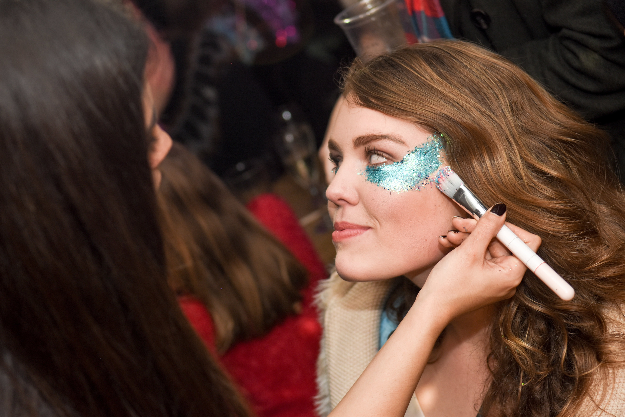 Our Glitter Girls doing makeup at Near & Far Camden.jpg