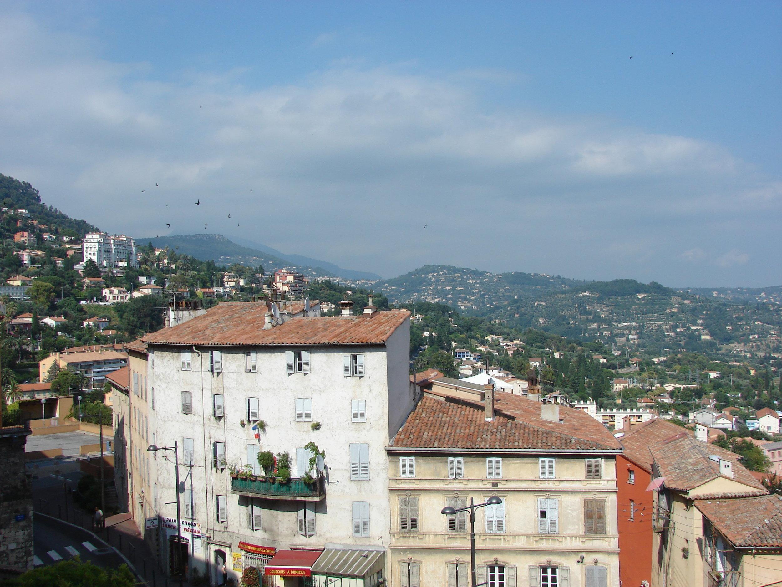 Grasse,_Provence-Alpes-Côte_d'Azur,_France_-_panoramio_(7).jpg
