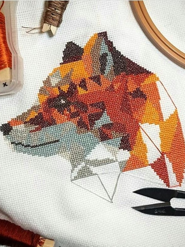 Geometric fox cross stitch pattern - Indulge in embroidery with a modern edge, with geometric patterns from Galaborn Designs. The patterns are super easy to download and there are plenty of animals and leaf designs to choose from.£4.91
