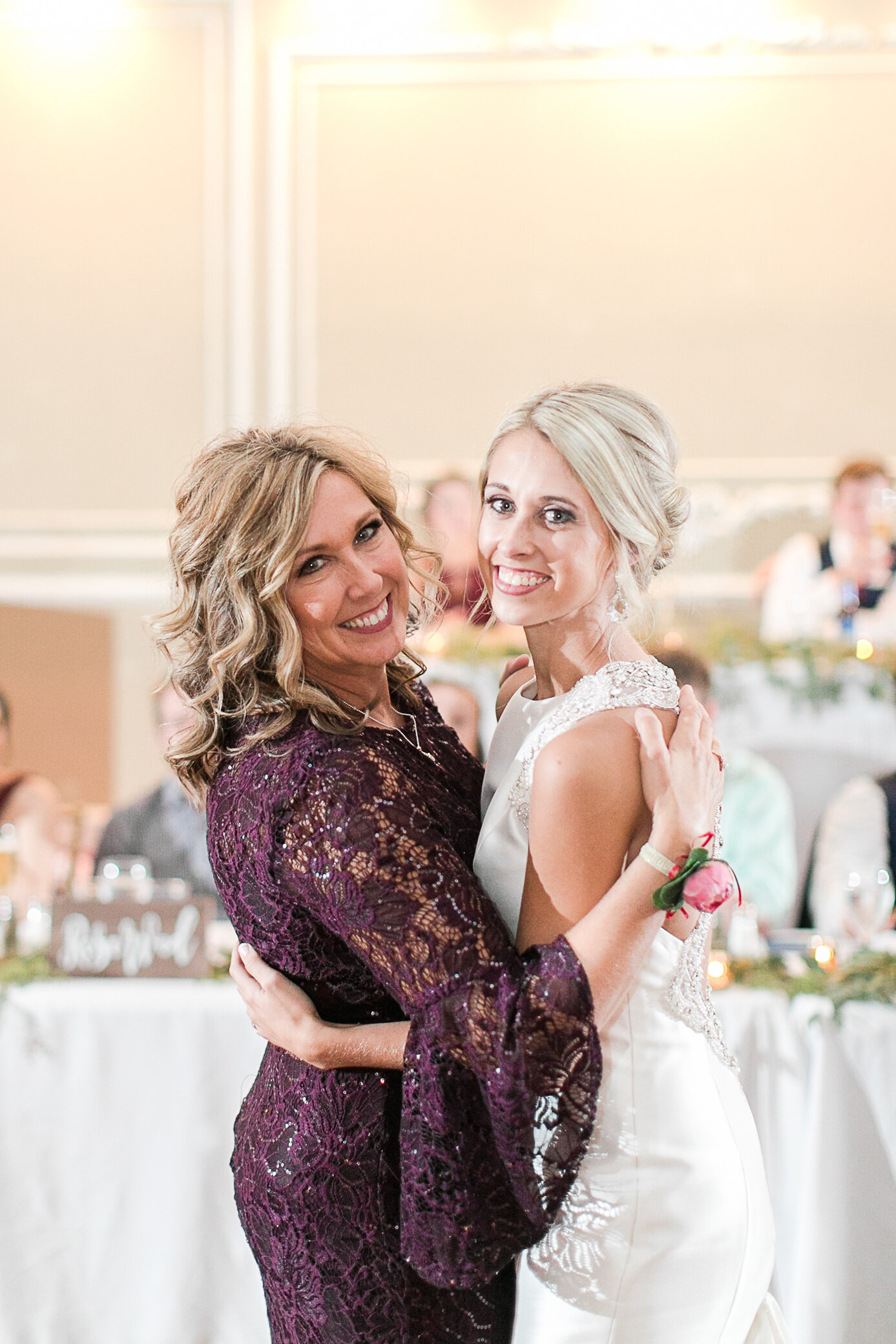 Chelsea-Hayden-wedding-670.jpg