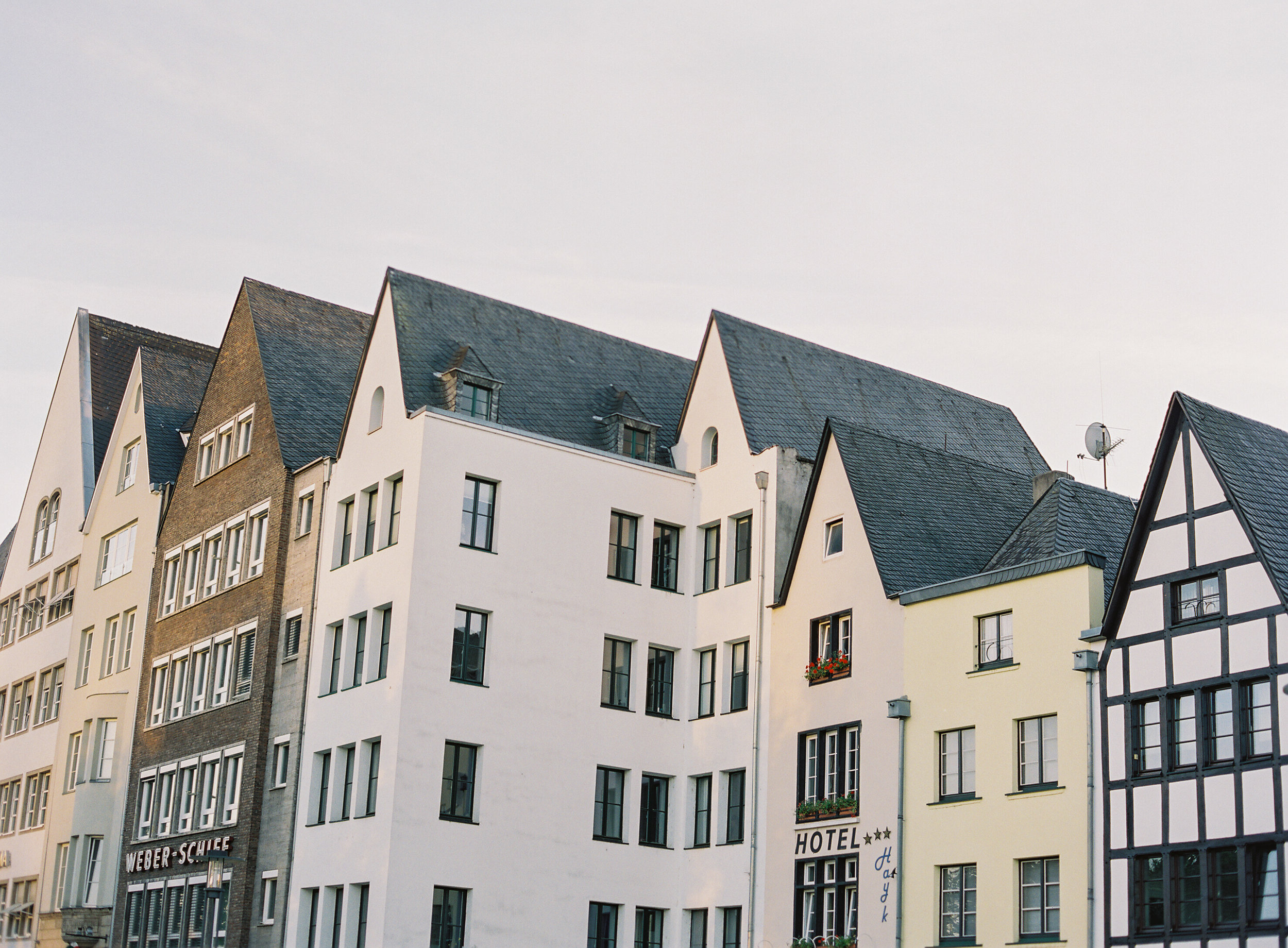 Cologne-Germany-8-Jen_Huang-008340-R1-004.jpg