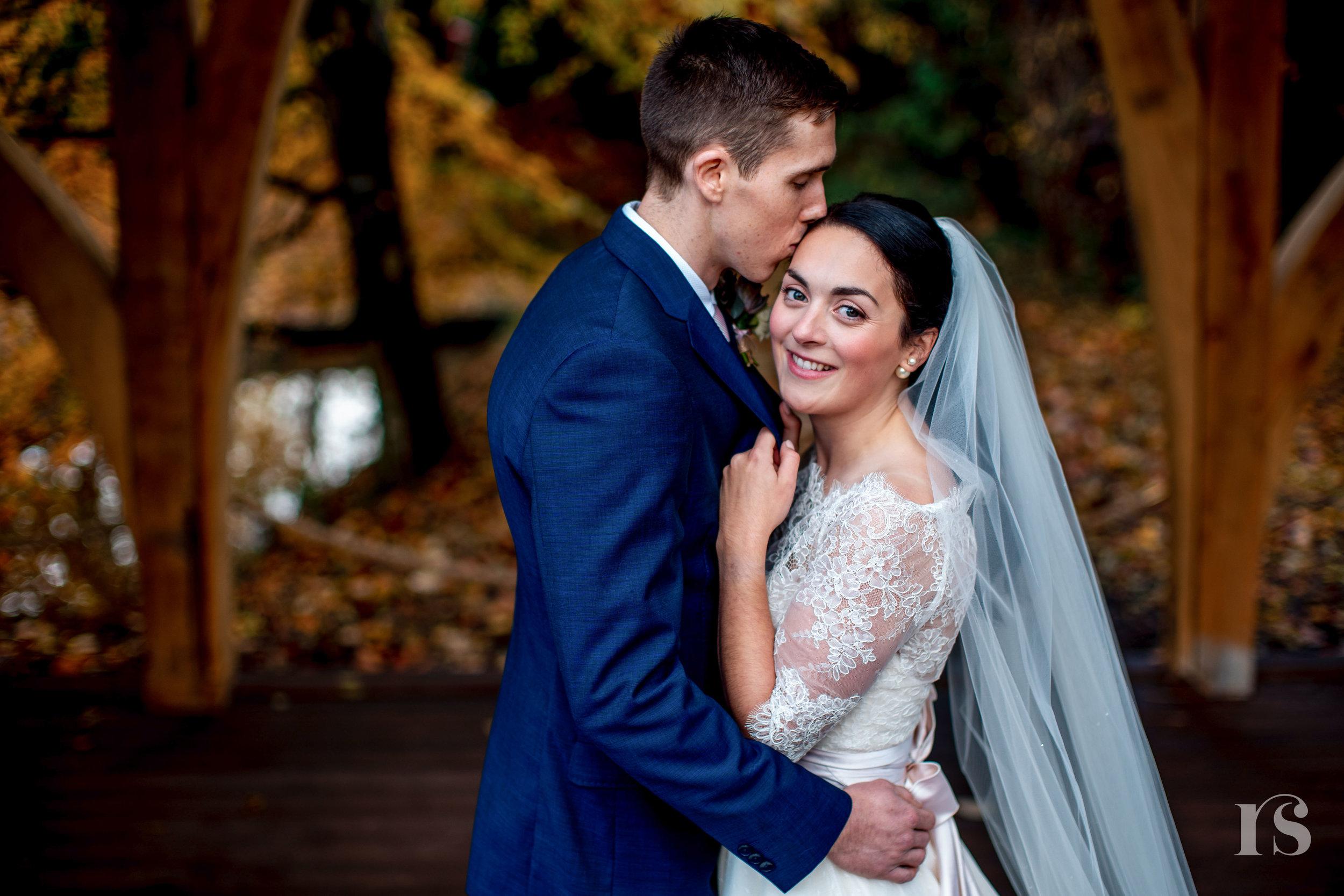 Rivervale-barn-wedding-photography-58.jpg