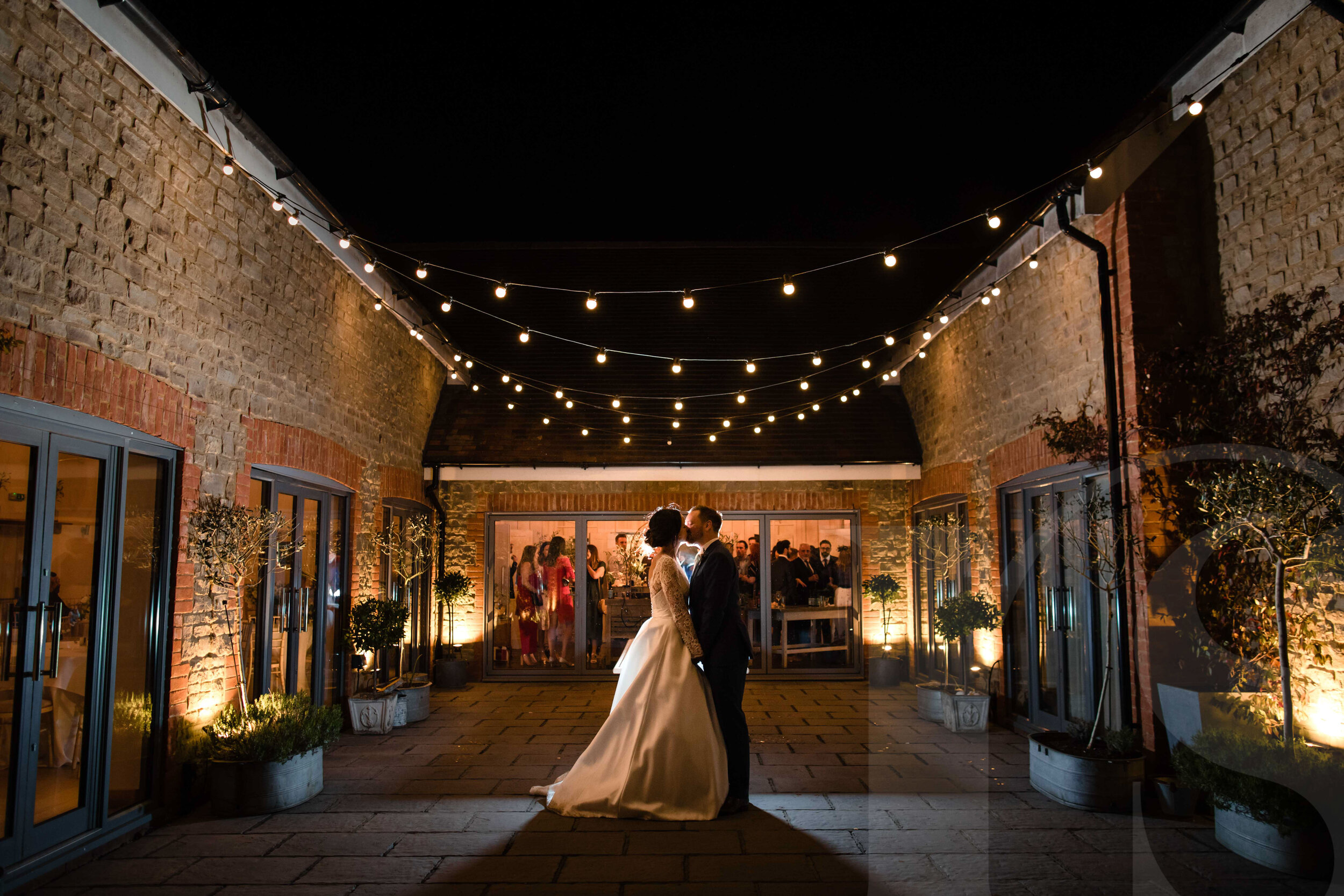 millbridge-court-wedding-photographer-2.jpg
