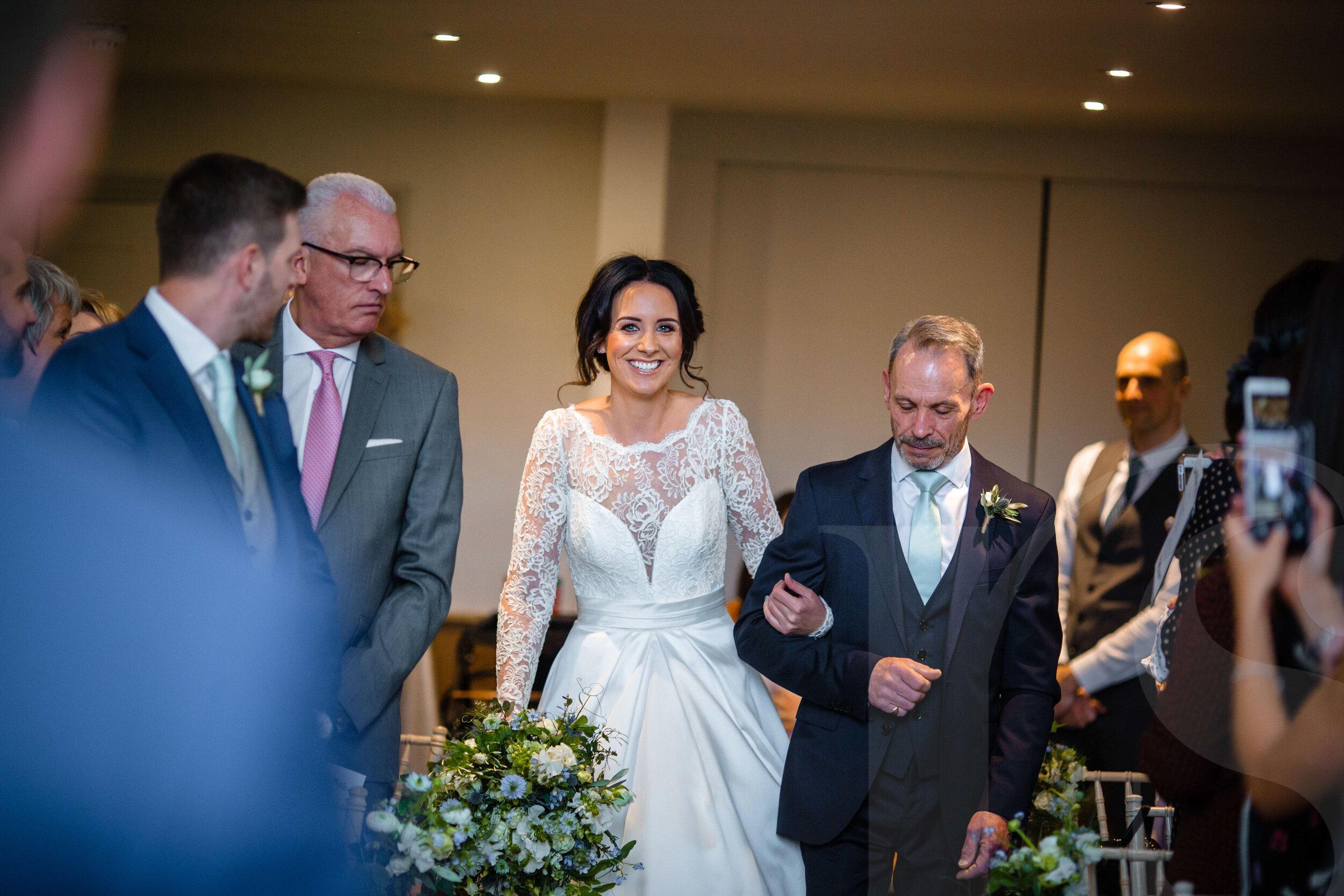millbridge-court-wedding-photographer-3.jpg