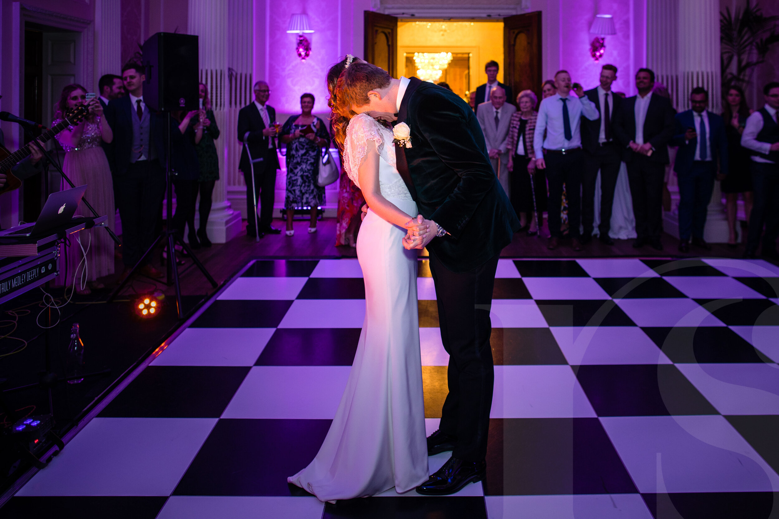 hedsor-house-wedding-photographer-7.jpg