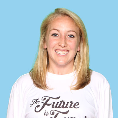 Noel Holmes   In college Noel played, captained and was president of Scorch ultimate at the University of South Carolina. She has played women's and mixed club for the past 5 years. In her spare time, she coaches VUDU (Vanderbilt Women's Ultimate) and helps captain teams for Nashville Ultimate Leagues. Outside of ultimate, she loves traveling home to visit family/friends, going hiking with her pup, playing basketball and soccer, and doing pretty much anything outdoors during the summertime!