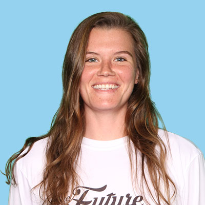 Brielle Marie Le Clear   Brielle started playing frisbee her freshman year at USF in the fall of 2014 and fell in love very quickly. With that love came a thirst to improve her game. She took summer internship opportunities outside of Florida so that she could play in more competitive ultimate communities and grow as a player. Outside of frisbee she likes to do mostly outdoorsy things and pet dogs, lots and lots of dogs.