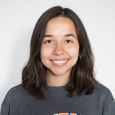 Sierra Rimmer   Sierra grew up in Knoxville, TN and attended the University of Tennessee where she was first introduced to ultimate frisbee. Ever since she caught that first disc, she was hooked. Sierra has since played on club and professional teams in the Southeast and is committed to spreading the sport among younger women.