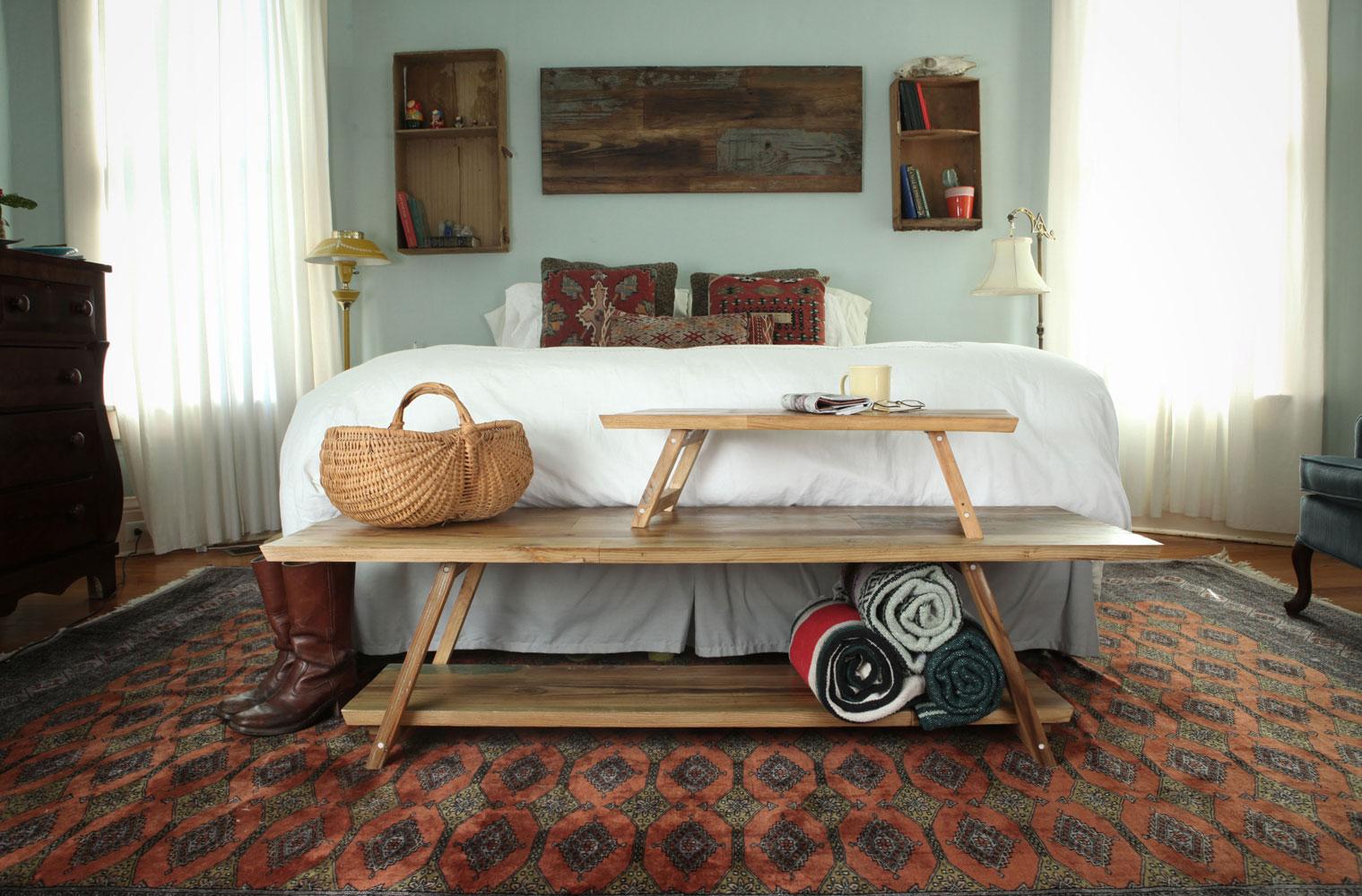 bedroom_stacked_vignette-rec.jpg