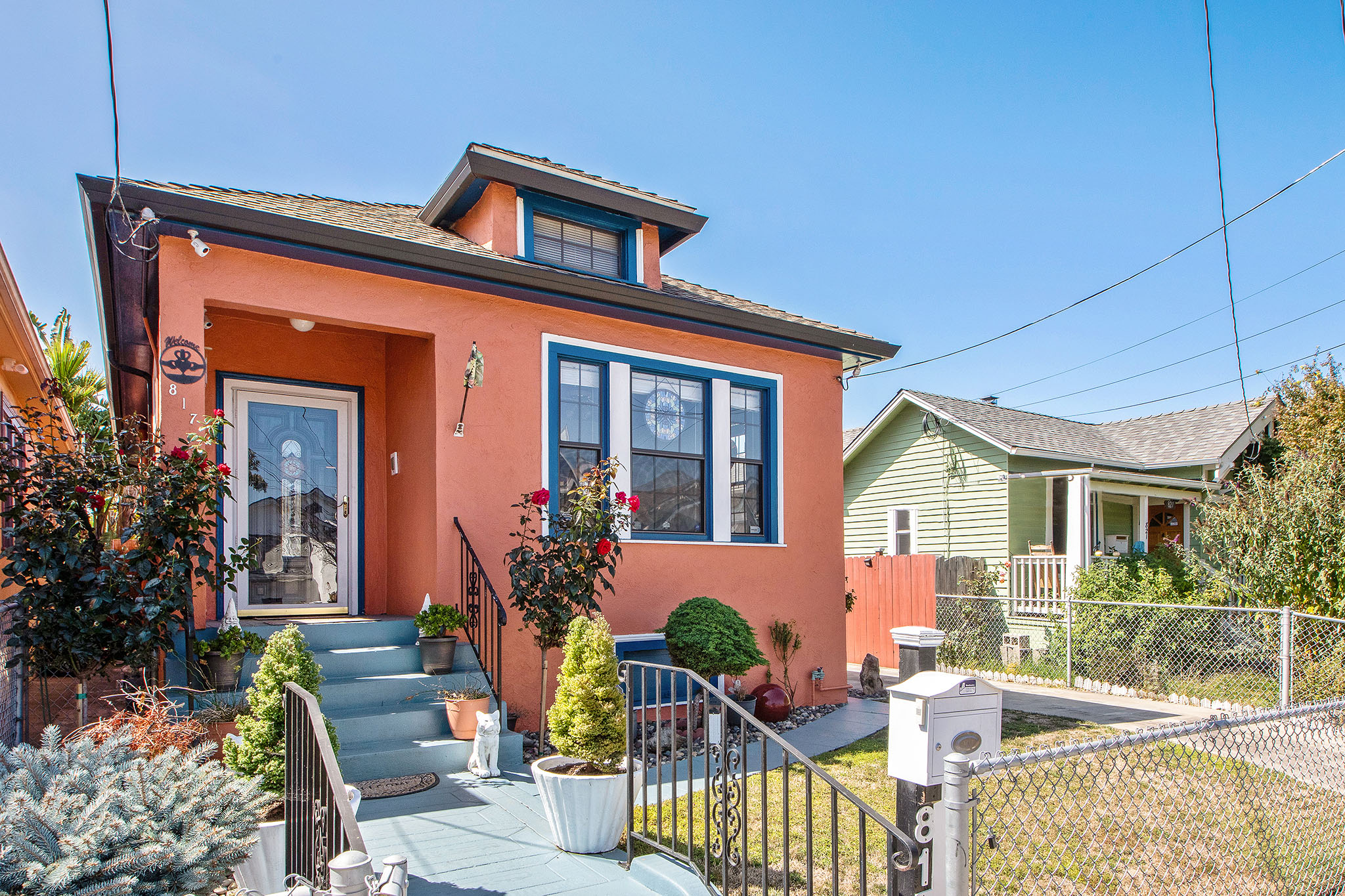 817 44th Street - LONGFELLOW, OAKLAND2 bed, 1 bath, 940 sq ftListed at $639,000