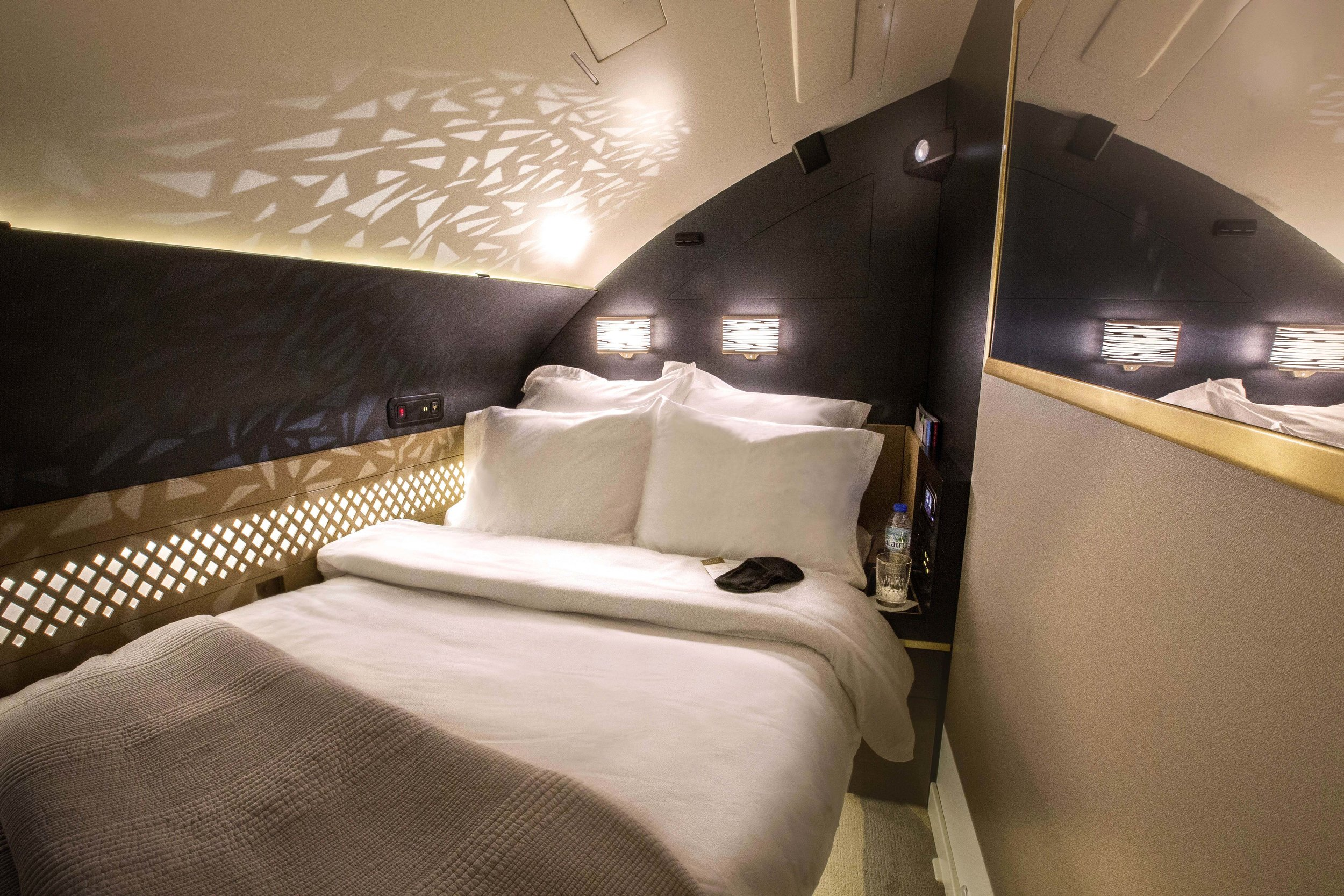 Etihad The Residence bed in the sky