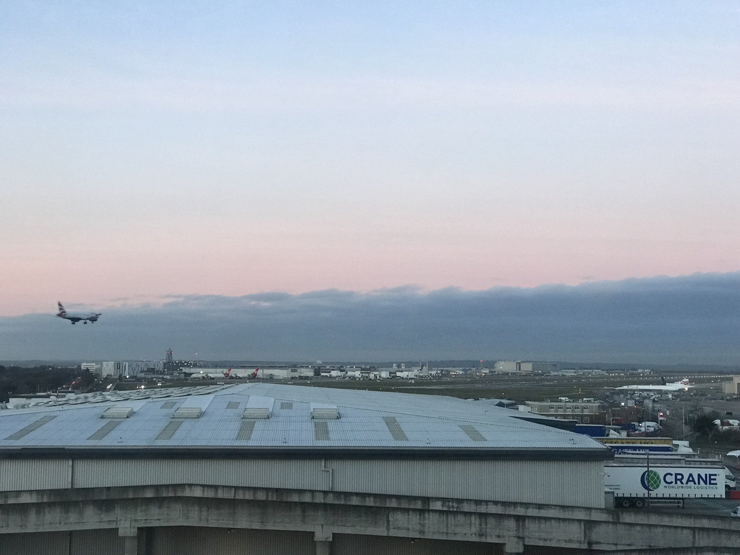 HGI London Heathrow plane landing runway