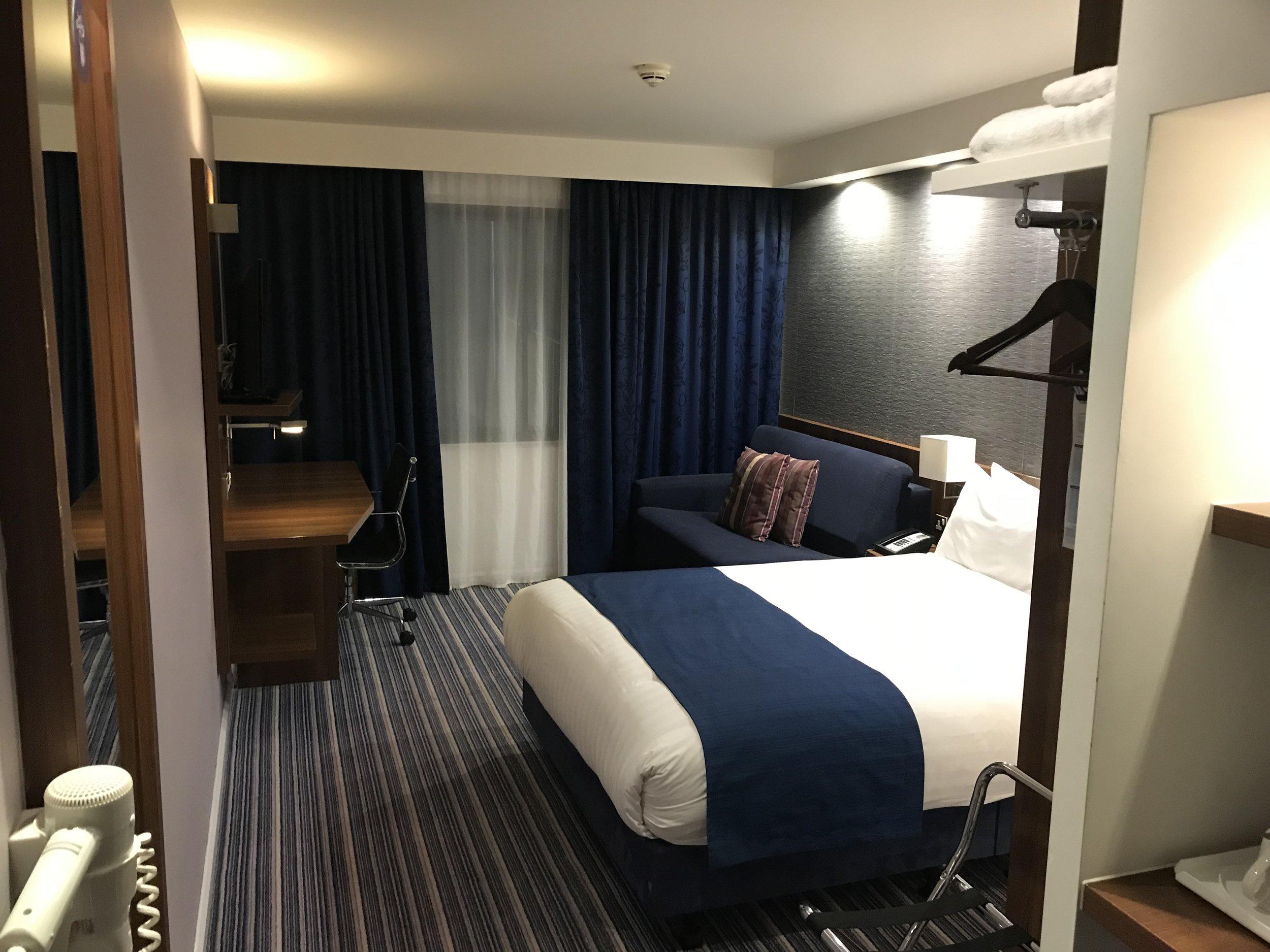 Holiday Inn Express Heathrow Terminal 5
