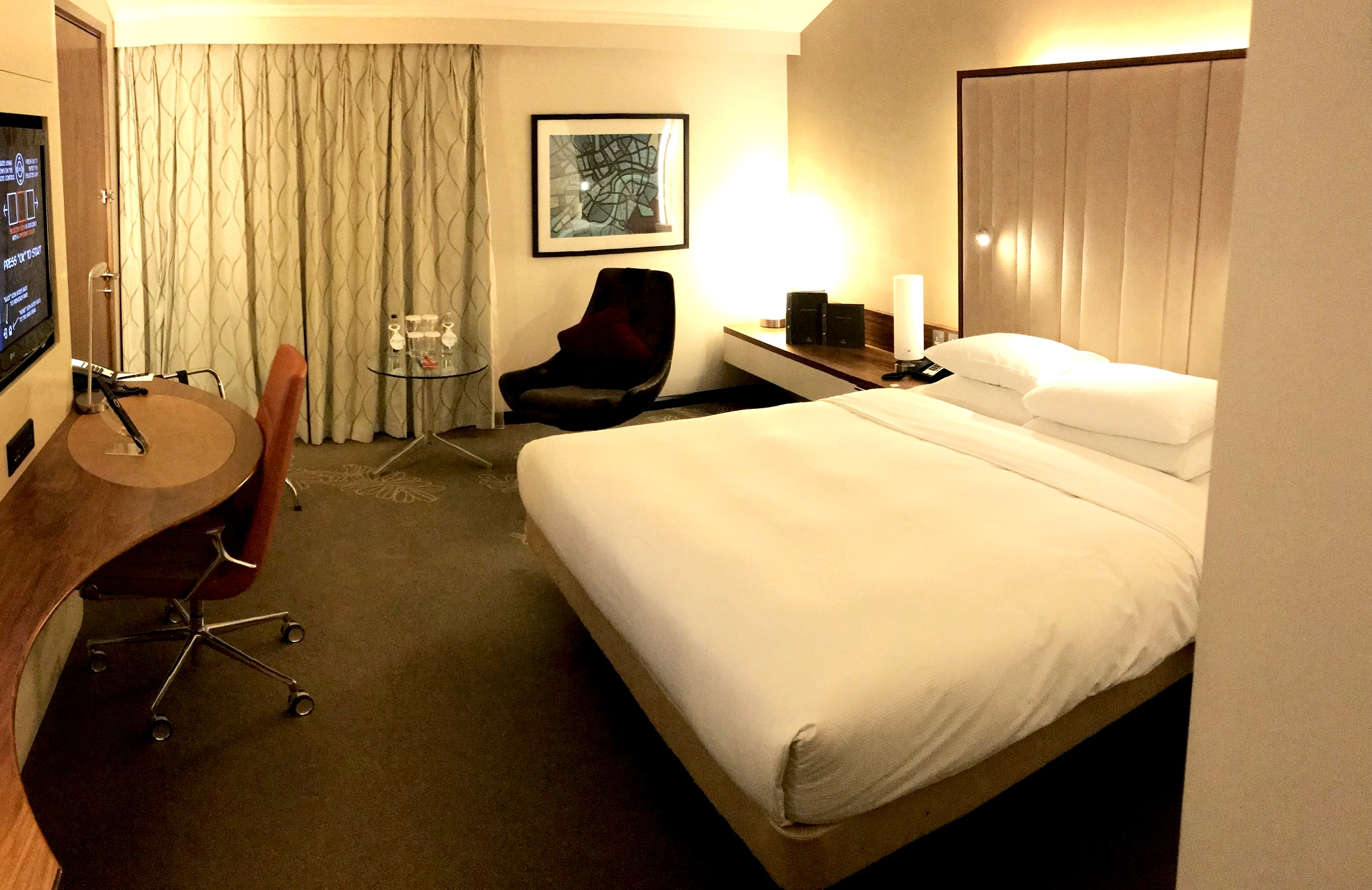 Hilton Heathrow Terminal 5 King Guest Room.