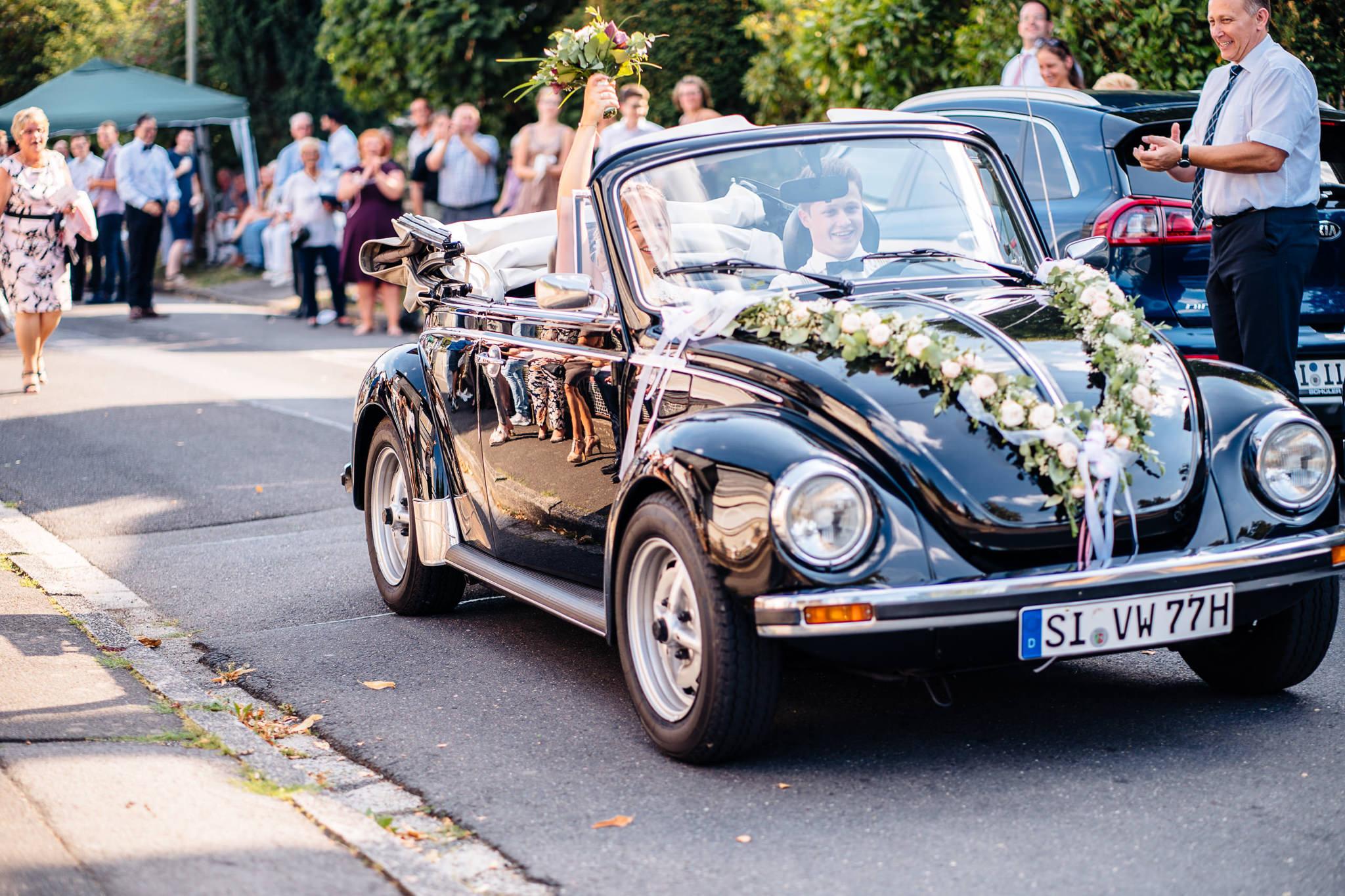 ©svenjaeger_Sommerhochzeit in Burbach_0023.jpg