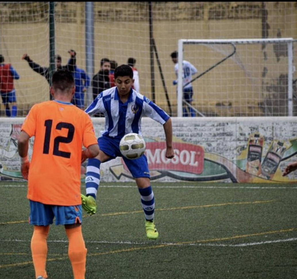 Noah Leeds - The love, passion and knowledge Phill put into me as coach allowed me to achieve my goals and dreams- both as a player in soccer and in life as a human being. Thanks to training with him, I am out here in Spain making my dreams a reality.Sevilla, Jugador Del Nervion Division de Honor Juvenil