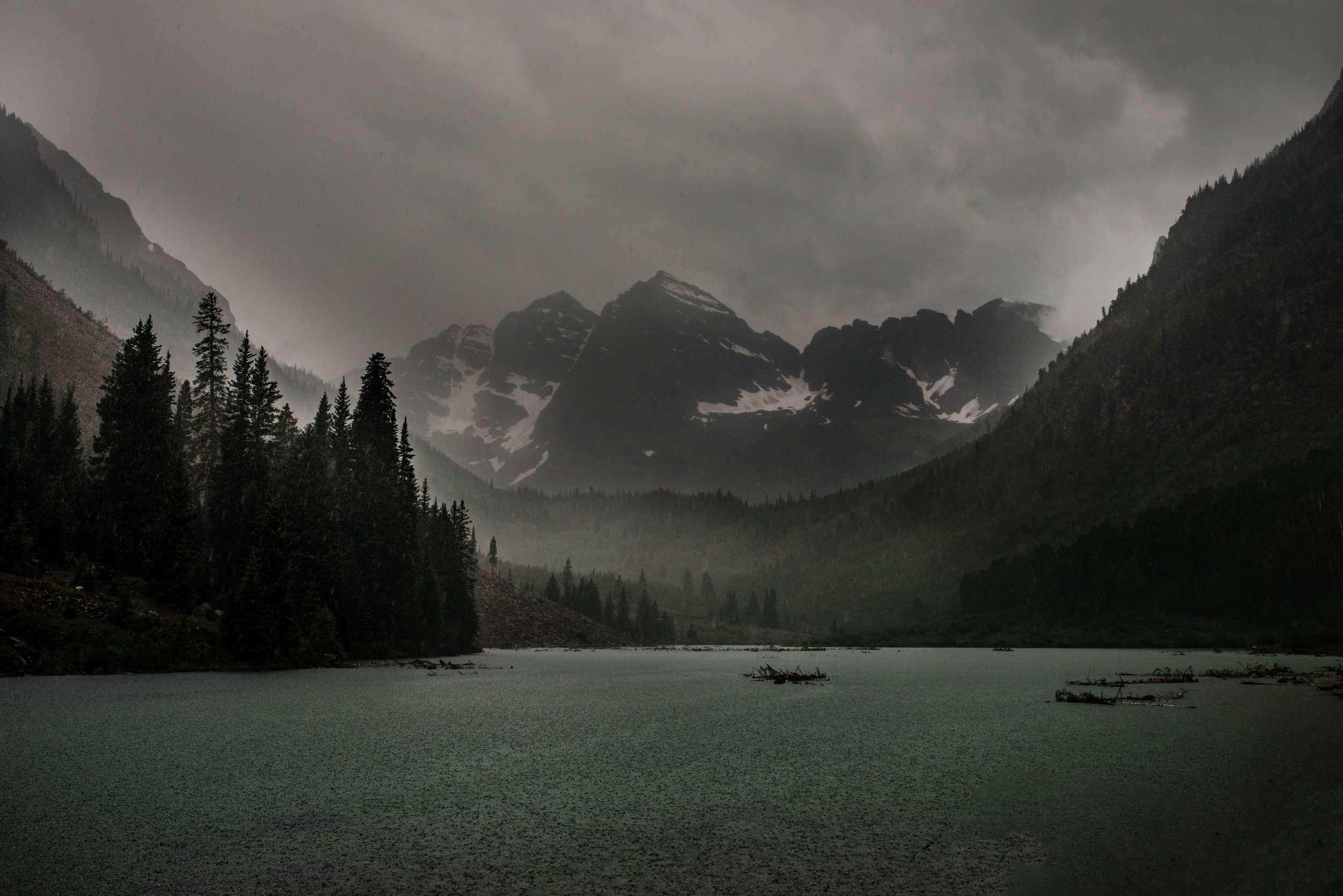 I love a good moody and foggy photo. It's almost as if Maroon Bells knew I was coming and gave me this gift!